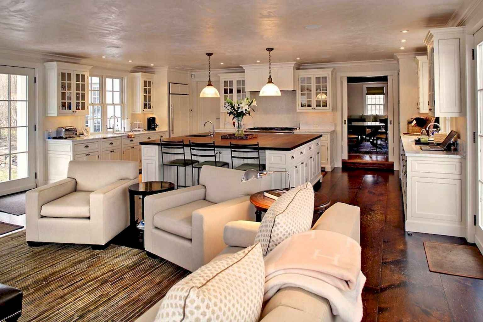 70 Rustic Farmhouse Living Room Decor Ideas (57)