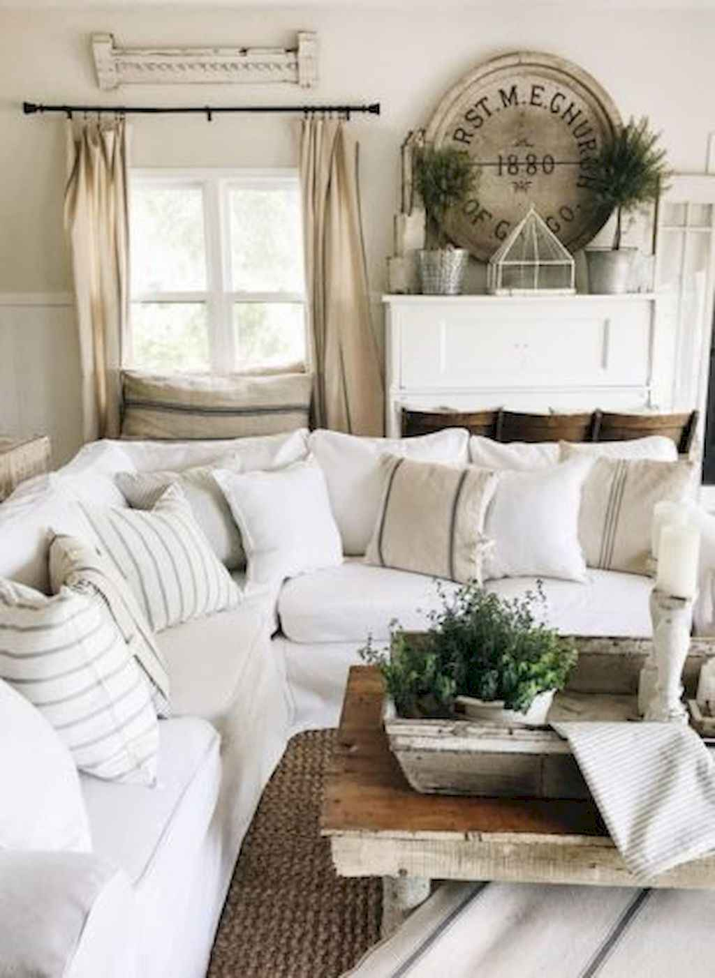 70 Rustic Farmhouse Living Room Decor Ideas (60)