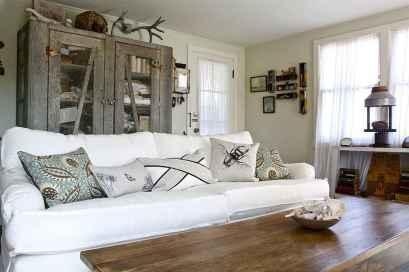 70 Rustic Farmhouse Living Room Decor Ideas (61)
