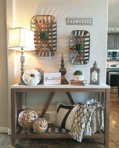 40 Stunning Farmhouse Entryway Decorating Ideas And Remodel (33)