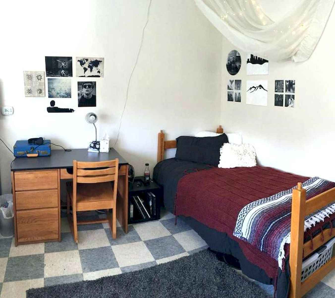 60 Gorgeous College Dorm Room Decorating Ideas And Makeover (19)