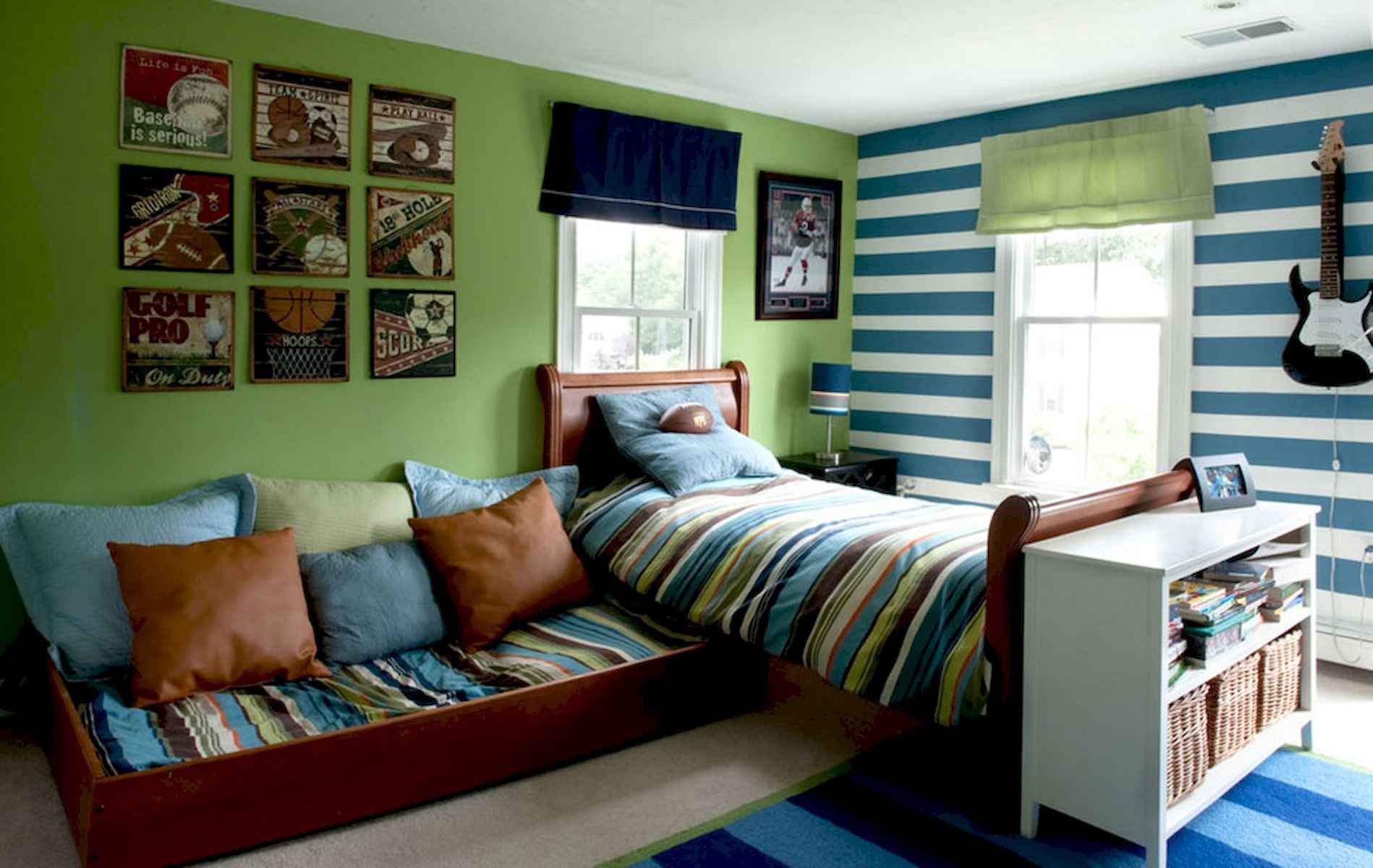 60 Gorgeous College Dorm Room Decorating Ideas And Makeover (41)