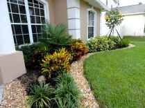 60 Stunning Low Maintenance Front Yard Landscaping Design Ideas And Remodel (50)