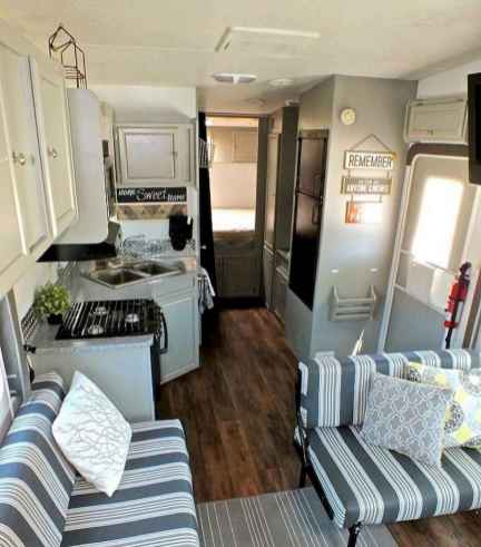 70 Stunning RV Living Camper Room Ideas Decorations Make Your Summer Awesome (12)