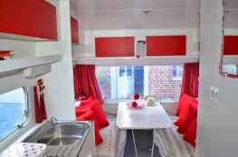 70 Stunning RV Living Camper Room Ideas Decorations Make Your Summer Awesome (33)
