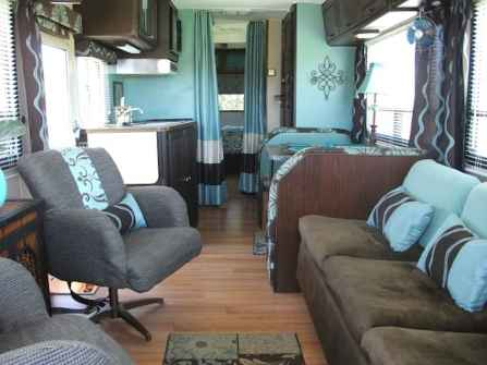 70 Stunning RV Living Camper Room Ideas Decorations Make Your Summer Awesome (7)