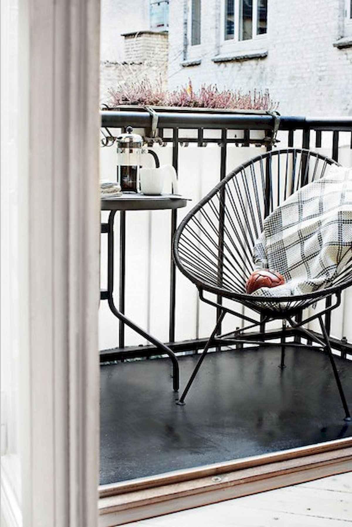 80 Small Apartment Balcony Decor Ideas And Makeover (23)