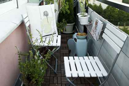 80 Small Apartment Balcony Decor Ideas And Makeover (35)