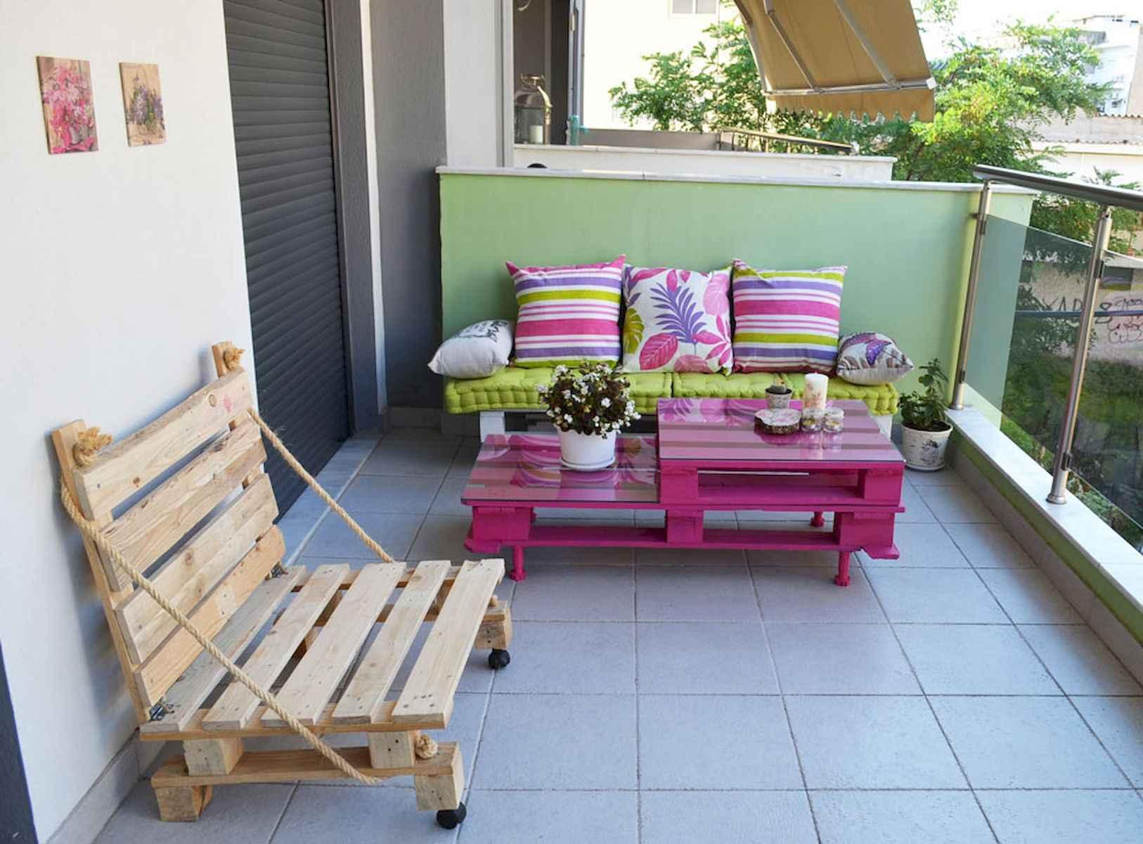 80 Small Apartment Balcony Decor Ideas And Makeover (48)