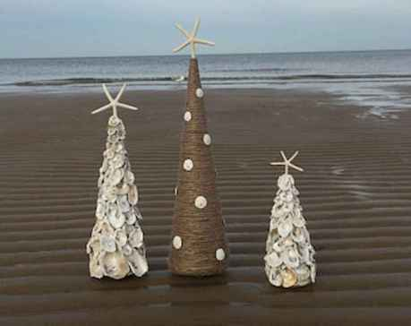 40 Creative Coastal Christmas Decor Ideas And Makeover (28)