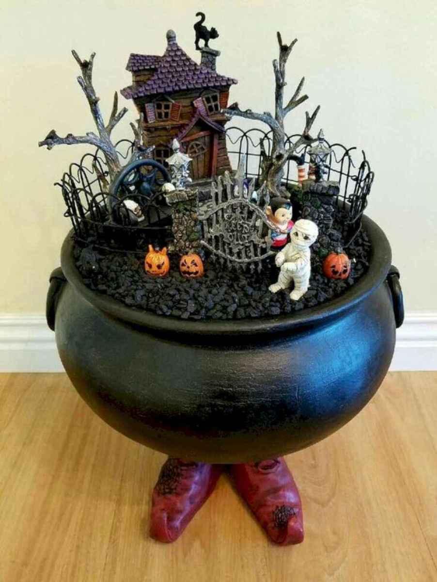40 Creative DIY Halloween Ideas Decorations On A Budget (43)