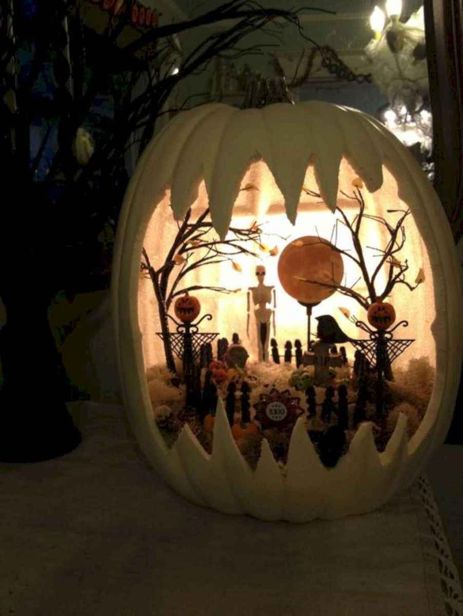 40 Creative DIY Halloween Ideas Decorations On A Budget (6)