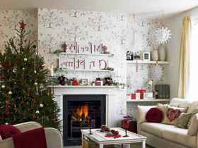 40 Creative and Easy Christmas Decorations for Your Apartment Ideas (26)