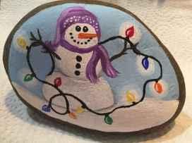 50 Creative DIY Christmas Painted Rock Design Ideas (9)