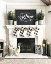 60 Creative Farmhouse Christmas Decorating Ideas And Makeover (11)