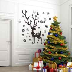 60 Creative Farmhouse Christmas Decorating Ideas And Makeover (39)
