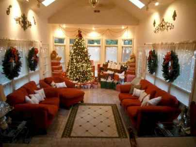 70 Creative Christmas Lights Apartment Decorating Ideas And Makeover (17)