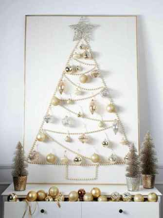 70 Creative Christmas Lights Apartment Decorating Ideas And Makeover (29)