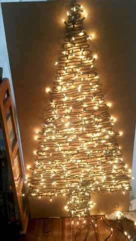70 Creative Christmas Lights Apartment Decorating Ideas And Makeover (67)