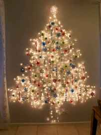70 Creative Christmas Lights Apartment Decorating Ideas And Makeover (8)
