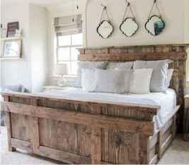 120 Elegant Farmhouse Master Bedroom Decor Ideas (97)