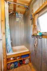 30 Genius Tiny House Bathroom Shower Design Ideas And Remodel (22)