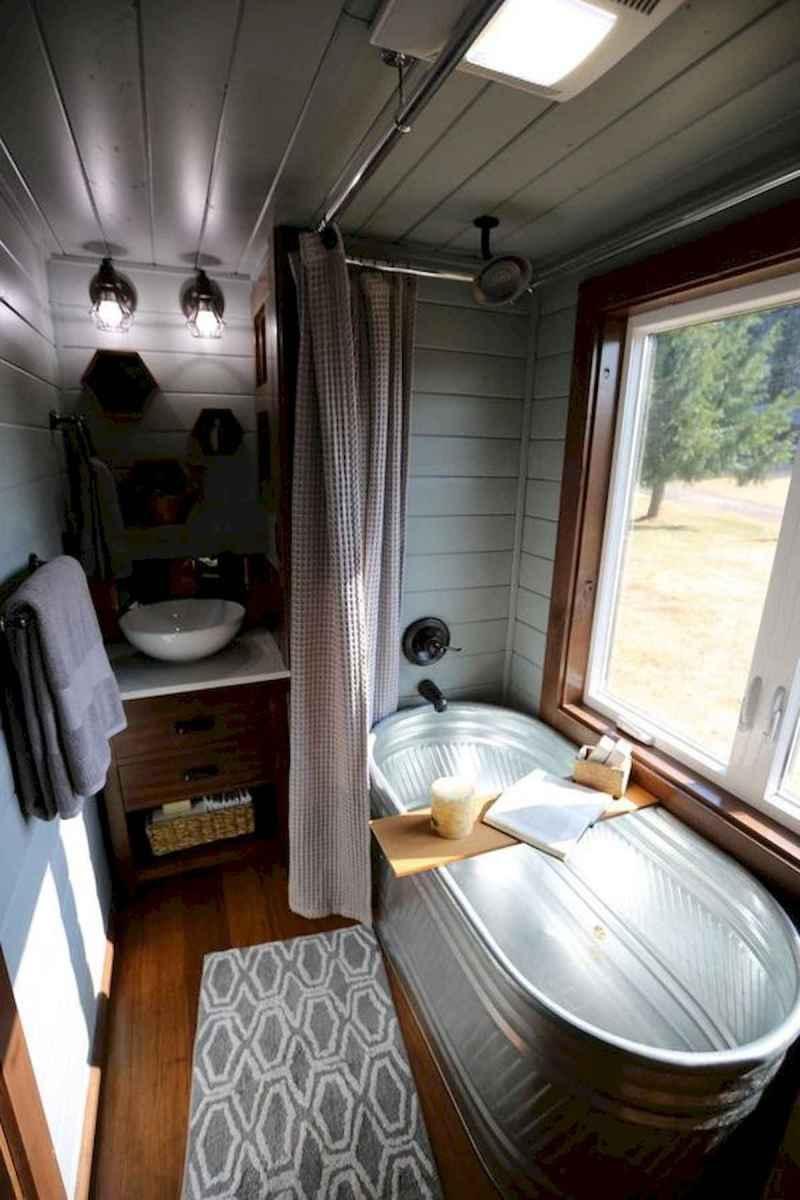 30 Genius Tiny House Bathroom Shower Design Ideas And Remodel (4)