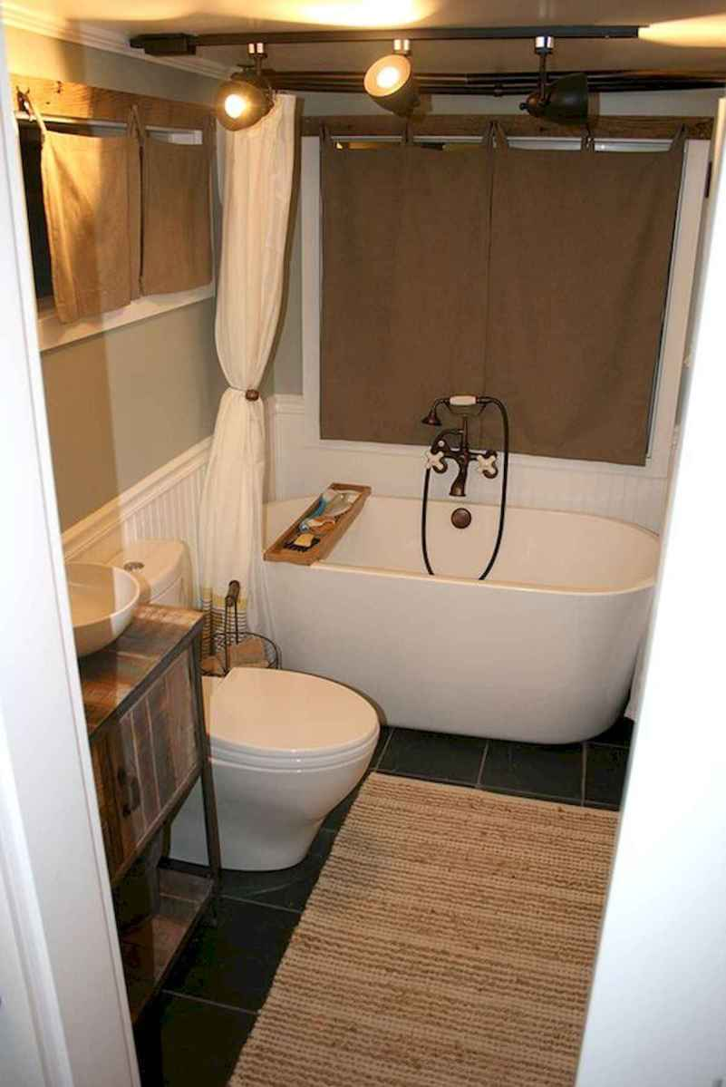 30 Genius Tiny House Bathroom Shower Design Ideas And Remodel (6)