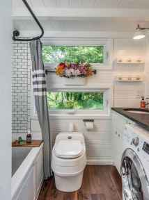 30 Genius Tiny House Bathroom Shower Design Ideas And Remodel (7)