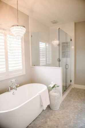 55 Fresh Small Master Bathroom Remodel Ideas And Design (51)