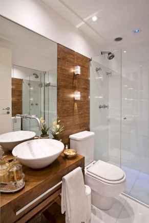 60 Elegant Small Master Bathroom Remodel Ideas (26)
