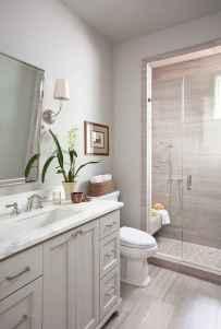 60 Elegant Small Master Bathroom Remodel Ideas (44)