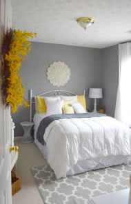 60 Small Apartment Bedroom Decor Ideas On A Budget (22)