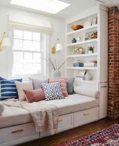 60 Small Apartment Bedroom Decor Ideas On A Budget (24)