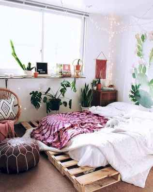 60 Small Apartment Bedroom Decor Ideas On A Budget (43)