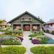90 Simple and Beautiful Front Yard Landscaping Ideas on A Budget (4)