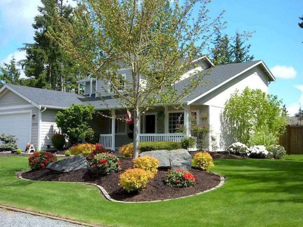 90 Simple and Beautiful Front Yard Landscaping Ideas on A Budget (83)