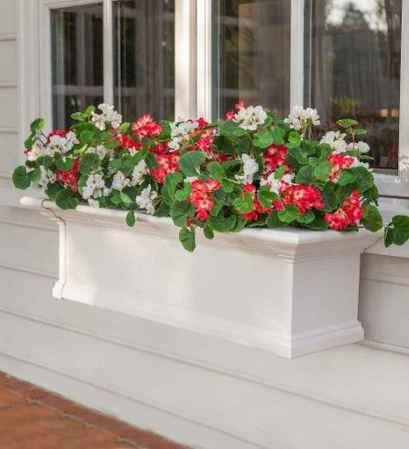 40 Beautiful Container Gardening Decor Ideas For Beginners (23)