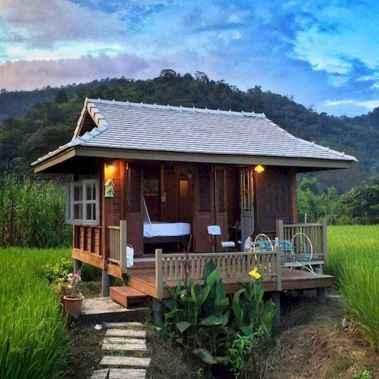 70 Suprising Small Log Cabin Homes Design Ideas (34)