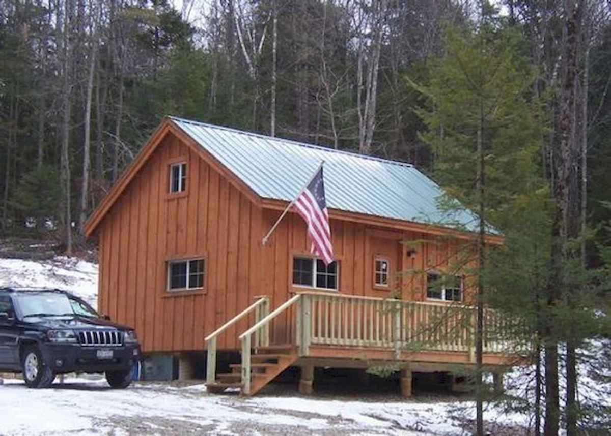 70 Suprising Small Log Cabin Homes Design Ideas (53)