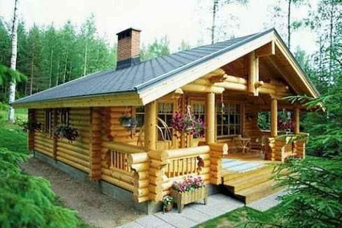70 Suprising Small Log Cabin Homes Design Ideas (61)