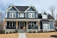 40 Amazing Craftsman Style Homes Design Ideas (36)