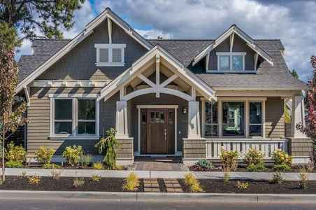 40 Amazing Craftsman Style Homes Design Ideas (6)