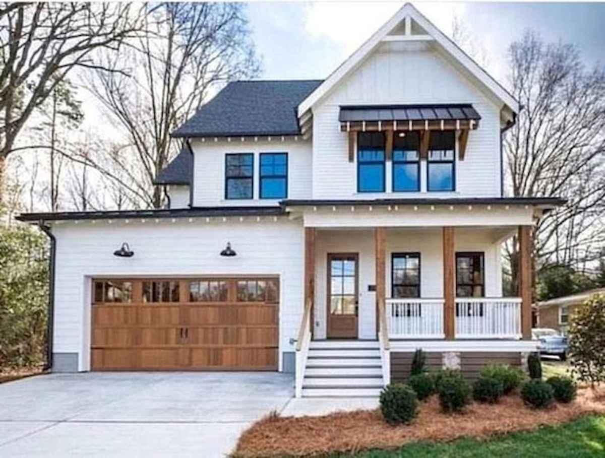 40 Stunning White Farmhouse Exterior Design Ideas (12)