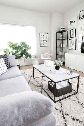 50+ Beautiful Small Living Room Decor Ideas And Remodel for Your First Apartment (26)