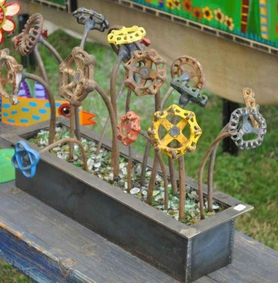 70 Best Metal Garden Art Design Ideas For Summer (36)