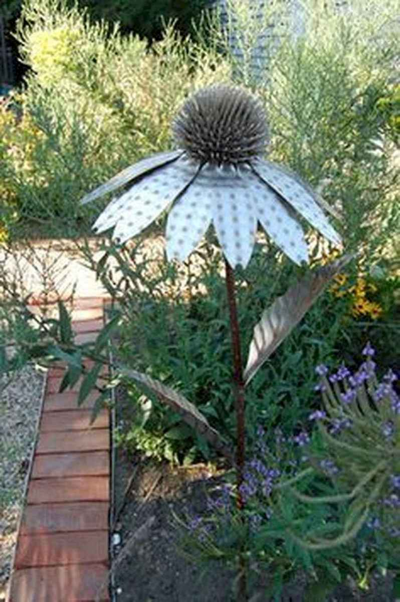 70 Best Metal Garden Art Design Ideas For Summer (57)