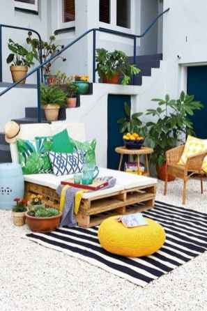 80+ Awesome Colorful Living Room Decor Ideas And Remodel for Summer Project (63)