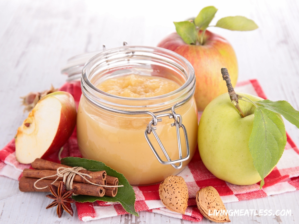 Raw Vegan Applesauce