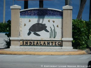 Indialantic Sign